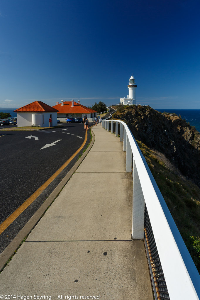 View to the lighthouse of Byron Bay