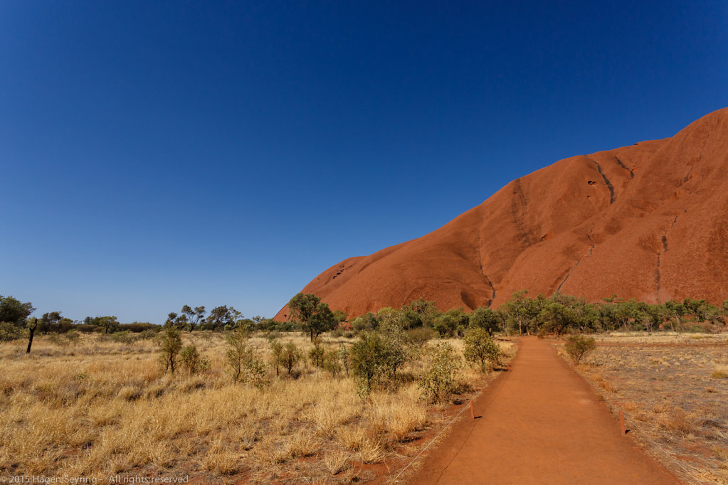 The main entry through the walk around the Uluru