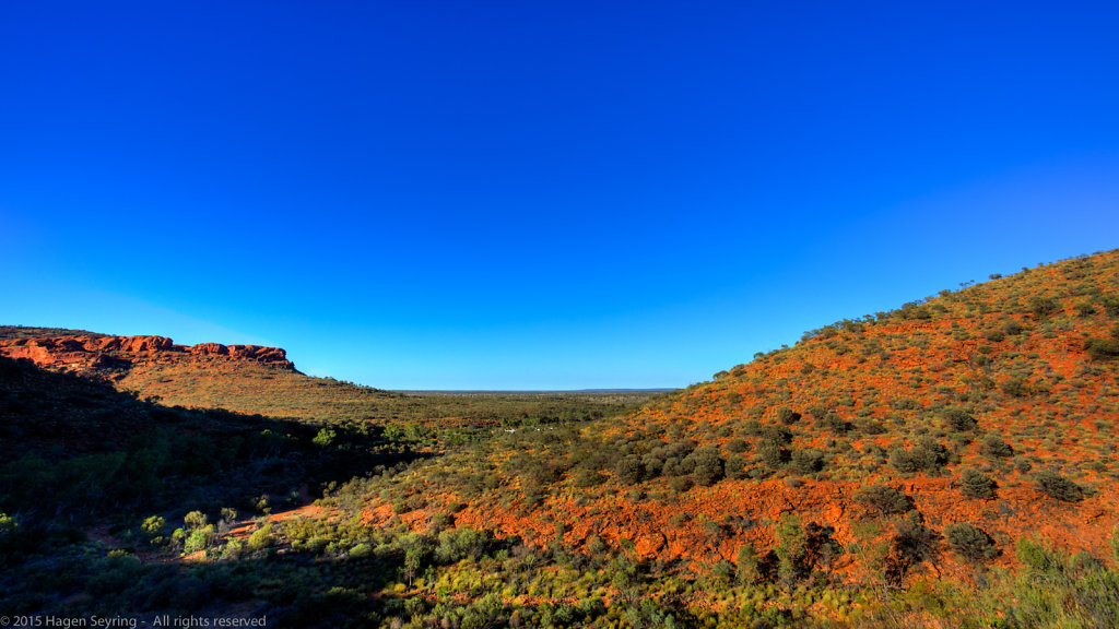 View from Kings Canyon over the bush land